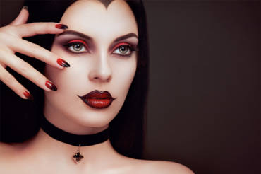Tips and Tricks to treat your Halloween Skin